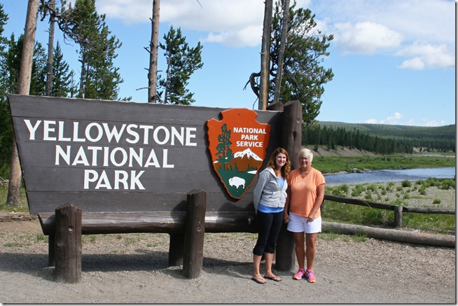 Yellowstonesign