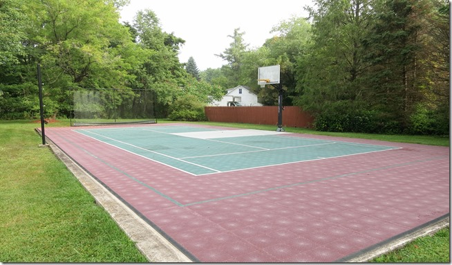 Deerfield Spa Sports Court